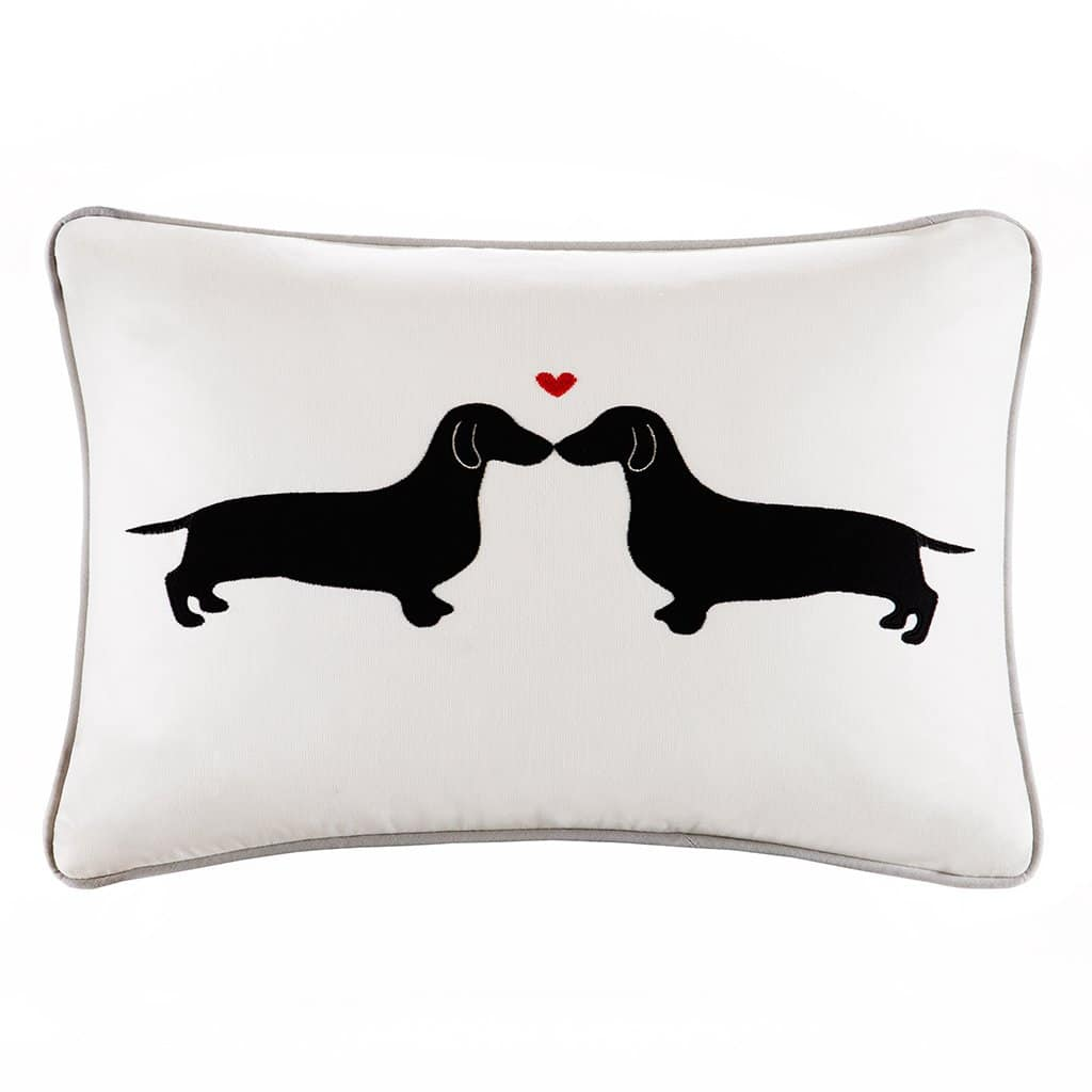 L'Amour Kissing Dog Oblong