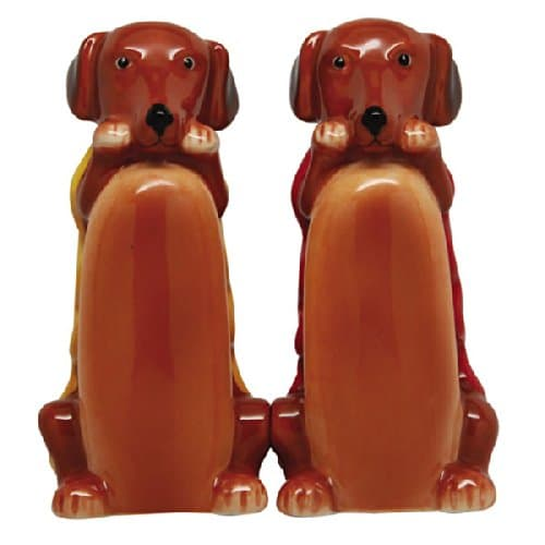 Dog in Bun Magnetic Salt and Pepper